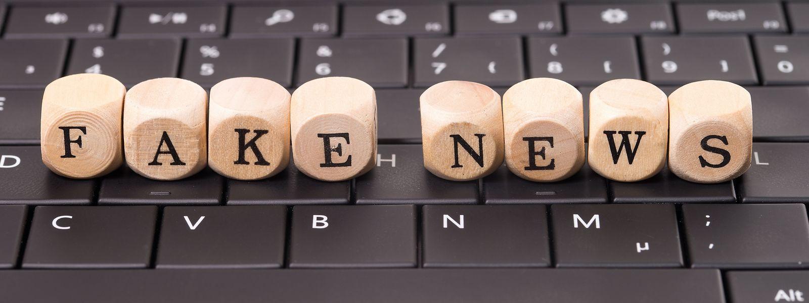 Die russische Regierung will stärker gegen Fake News vorgehen: Ein neues Gesetz sieht drastische Strafen für Privatpersonen und Firmen vor, die an der Verbreitung von Fake News beteiligt sind.