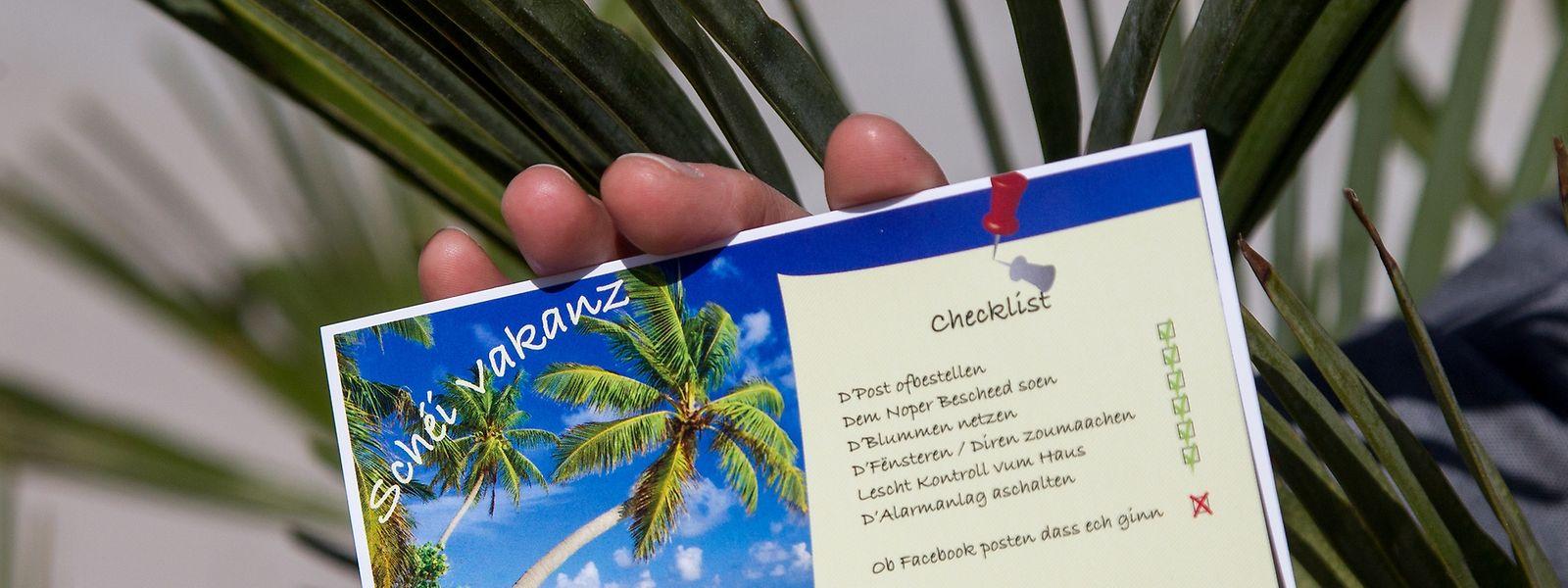 Unter anderem mit diesen Checklist-Postkarten machen Polizei und ACL auf Gefahren aufmerksam, die einen Einbruch begünstigen könnten.