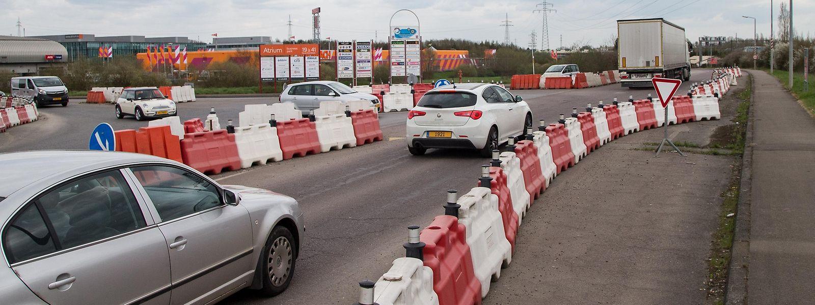 Der provisorische Kreisverkehr in Höhe der Industriezone Bourmicht wird 2017 verschwinden.