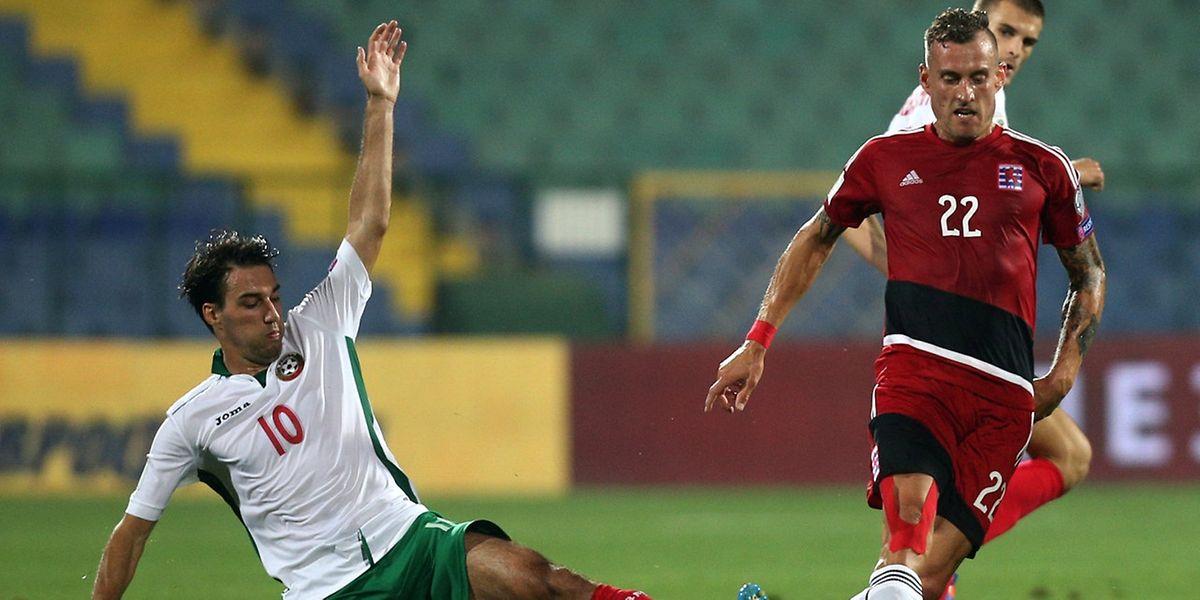 Aurélien Joachim (r.), hier gegen Ivelin Popov, erzielte zwei Treffer.