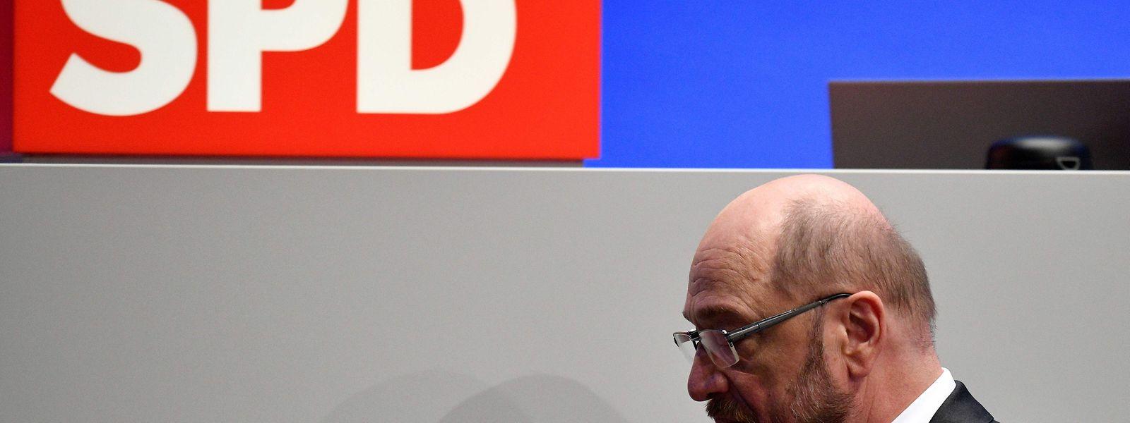 Les délégués du parti réunis à Bonn ont approuvé d'une courte tête, 362 voix pour sur 642.