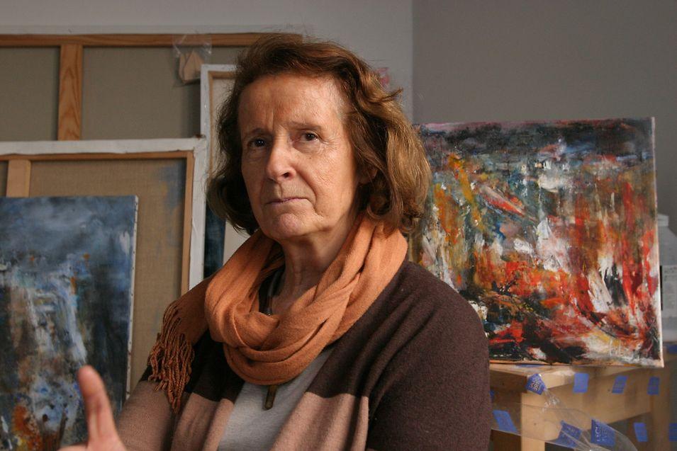 De près ou de loin, «chacun connaît quelqu'un qui a été touché» par les attentats, explique l'artiste-peintre Elisabeth Calmes.