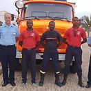 Luxemburgo entrega camião de bombeiros e ambulância a Cabo Verde