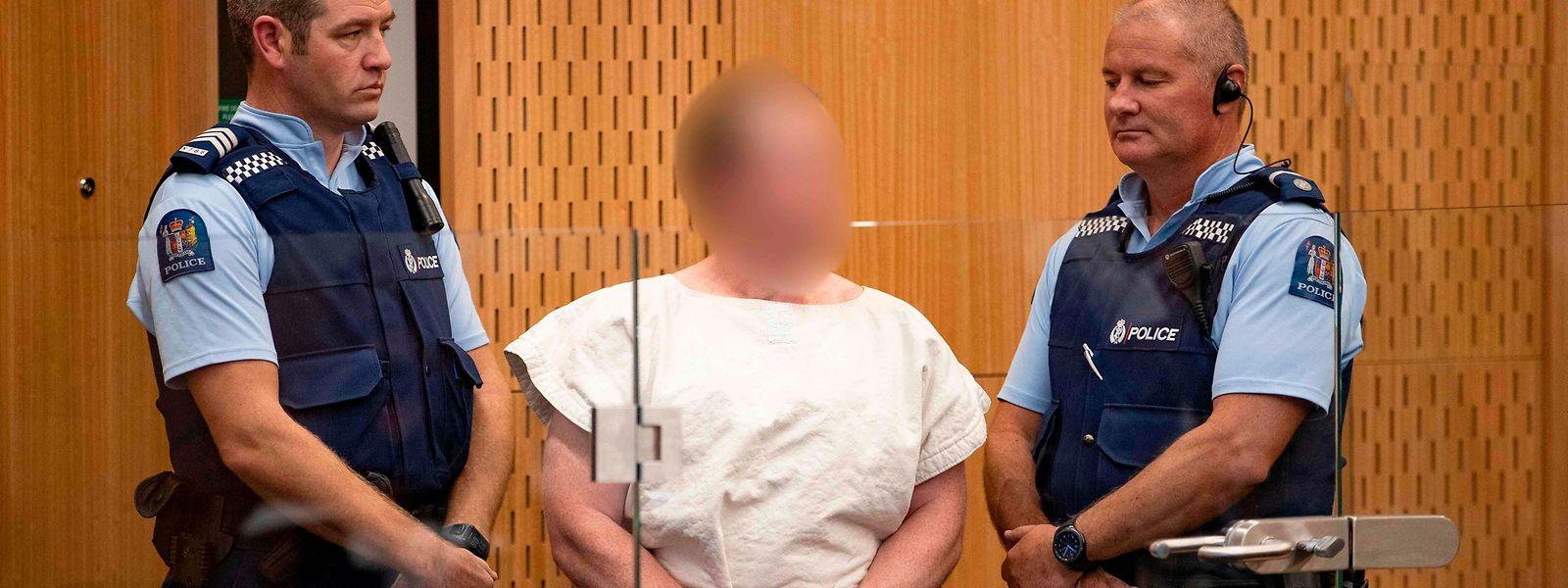 Brenton Tarrant, acusado de homicídio por causa do massacre de Christchurch, já foi presente a tribunal.