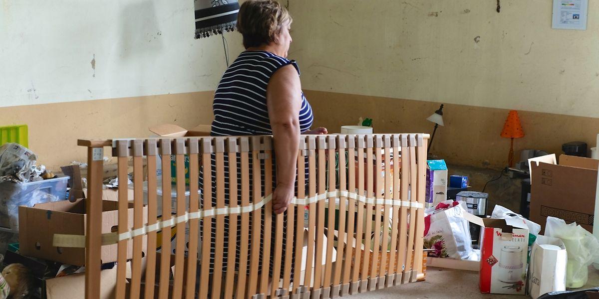 Nur wenige Hilfsbedürftige fanden sich am letzten Tag der Spendenaktion noch ein. / Foto: Armand WAGNER