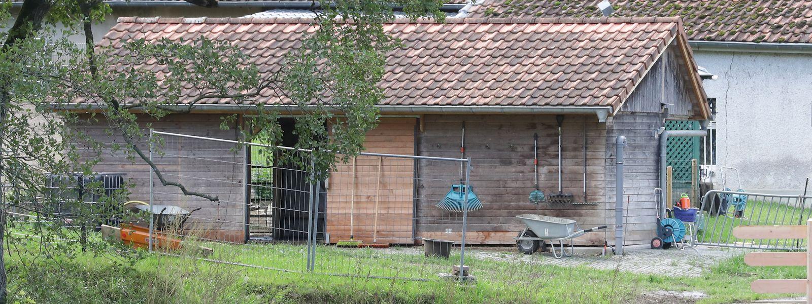 Der Viehunterstand wurde im Herbst 2018 errichtet und nachträglich vom Umweltministerium genehmigt.