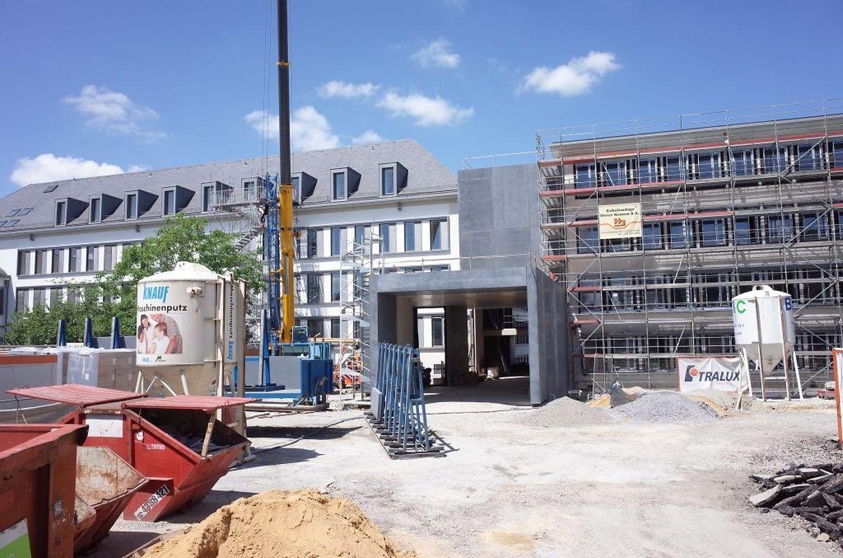 Erst gegen Ende des Jahres sollen die Renovierungsarbeiten am rechten Gebäudeflügel des LHCE abgeschlossen werden. Der linke Flügel wurde bereits erneuert.