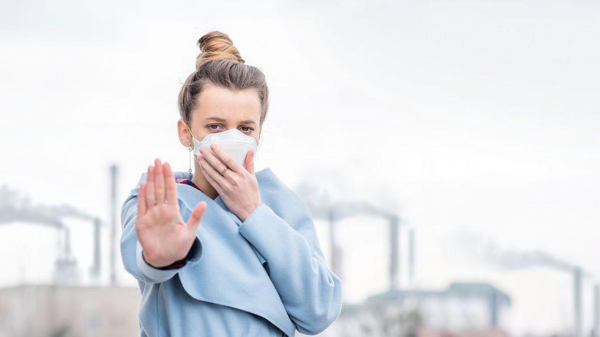 La pollution atmosphérique reste la première cause environnementale de décès prématurés.