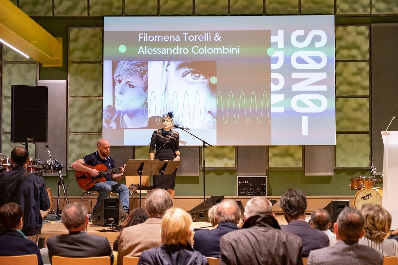 Am Sonntag wurde die offizielle Eröffnung mit musikalischen Darbietungen und Ansprachen begangen.