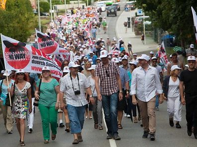 """Im Juli 2014 waren die Sassenheimer Bürger unter dem Motto """"No Way"""" gegen die Umgehung von Niederkerschen auf die Straße gegangen"""
