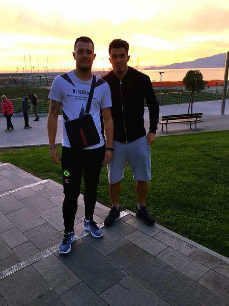 Dany e Renato Mota, dois irmãos muito unidos.