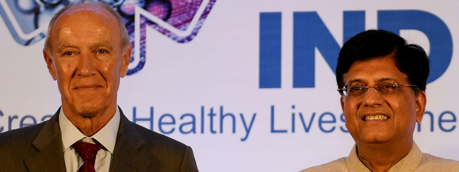 L'Indice mondial de l'innovation a été présenté cette année en Inde par le directeur général de l'OMPI, Francis Gurry (à g.), et le ministre indien du Commerce, de l'Industrie et des Chemins de fer, Piyush Goyal.