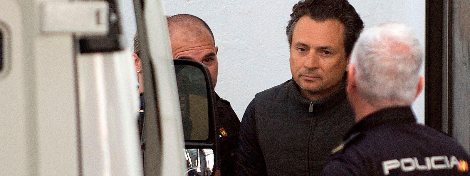 Kronzeuge im Korruptionsskandal ist Emilio Lozoya, von 2012 bis 2016 Chef des staatlichen Ölkonzerns Petróleos Mexicanos (PEMEX). Hier bei seiner Verhafftung.