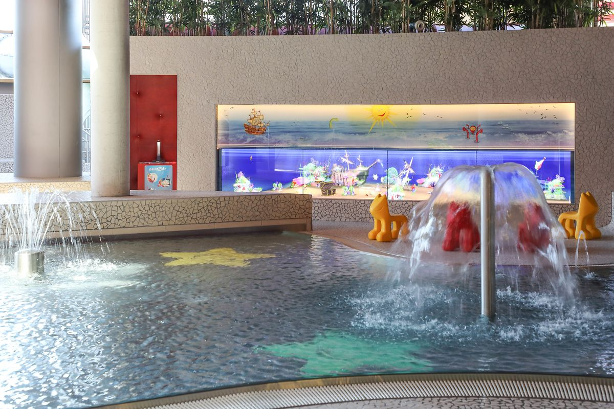 Les Thermes has several pools including one for toddlers