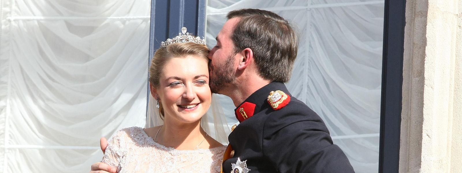 O casal herdeiro no dia do casamento religioso em 20 de outubro de 2012.