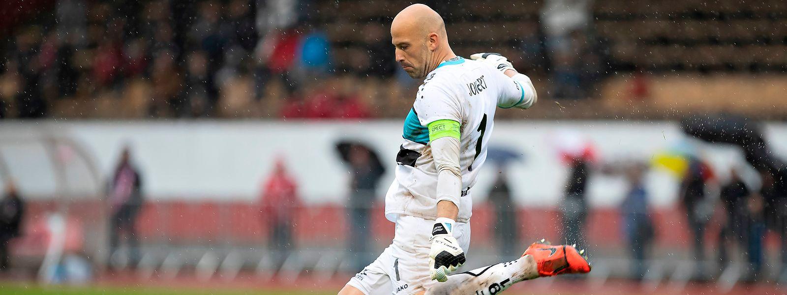 Jonathan Joubert est assuré de rester encore longtemps le leader au classement des matches européens disputés sous des couleurs luxembourgeoises