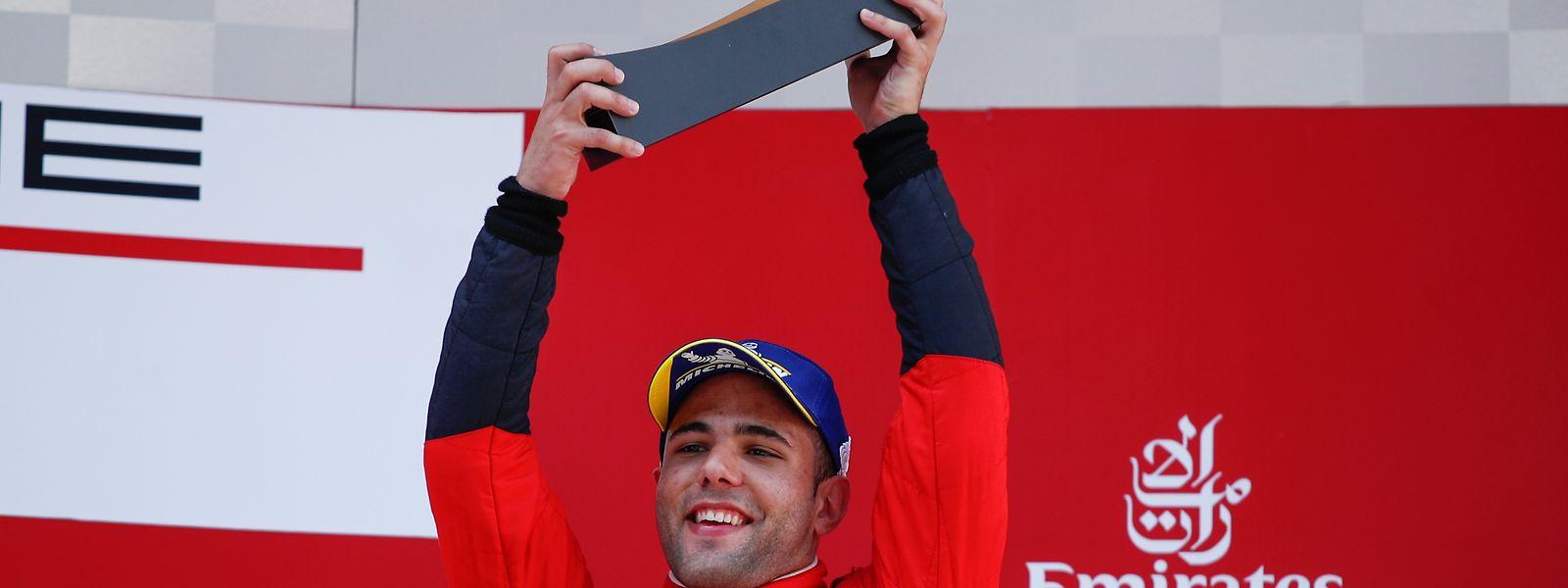 Piloto português arranca temporada nas Porsche Supercup com um pódio.