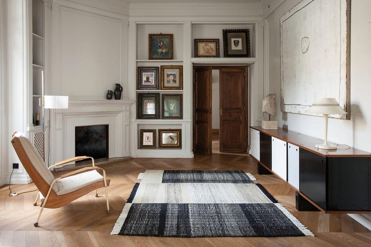 """Die Teppiche der Kollektion """"Tres"""" von Nani Marquina vereinen die drei Materialien neuseeländische Wolle, Filz und Baumwolle. Dazu gibt es drei Zonen mit jeweils unterschiedlichen Anteilen und Kombinationen."""