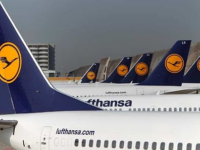 The Lufthansa pilots going on strike are demanding a pay rise of an average of 3.66 percent per year, retroactive for the past five years.