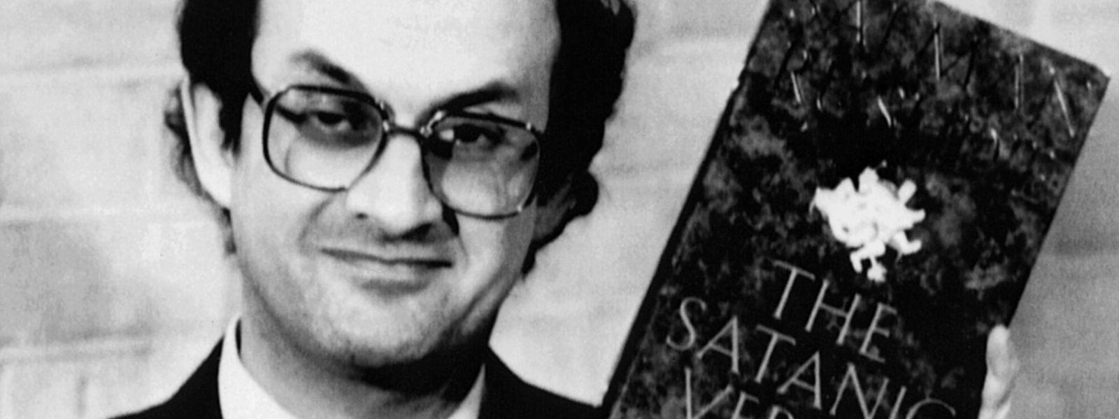 """Im Februar 1989 erhitzte Salman Rushdie mit seinem Werk """"The Satanic Verses"""" die Gemüter."""