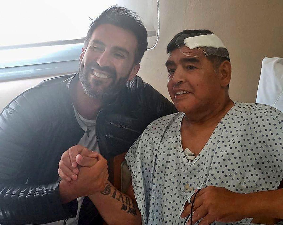 Am 11. November wurde Diego Maradona nach einer Gehirn-OP aus dem Krankenhaus entlassen.