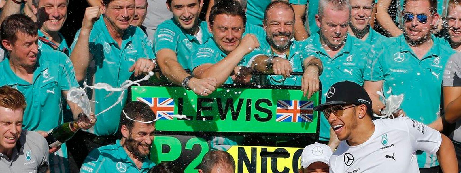 Wer wird am Ende über den WM-Titel jubeln? Lewis Hamilton oder Nico Rosberg?