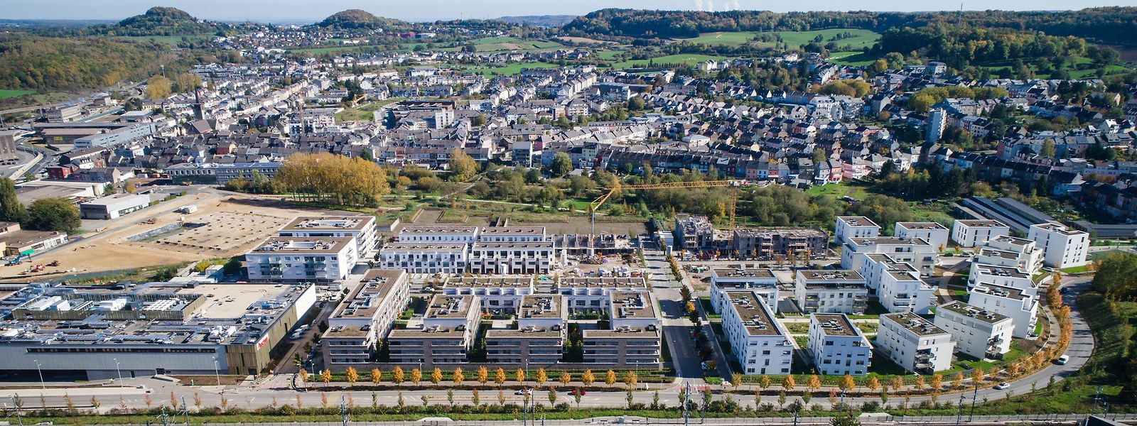 Differdingen zählt inzwischen mehr als 26.000 Einwohner. In Zukunft könnte es sich zu einer deutlich größeren Kleinstadt mausern, findet Architekt Florian Hertweck.