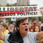 Líderes independentistas catalães condenados até 13 anos de prisão