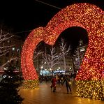 As decorações de Natal que iluminam a cidade do Luxemburgo em tempos de pandemia
