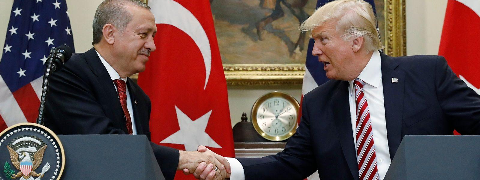 Donald Trump (r.) und Recep Tayyip Erdogan demonstrierten Einigkeit trotz Verstimmungen in der Kurdenfrage.
