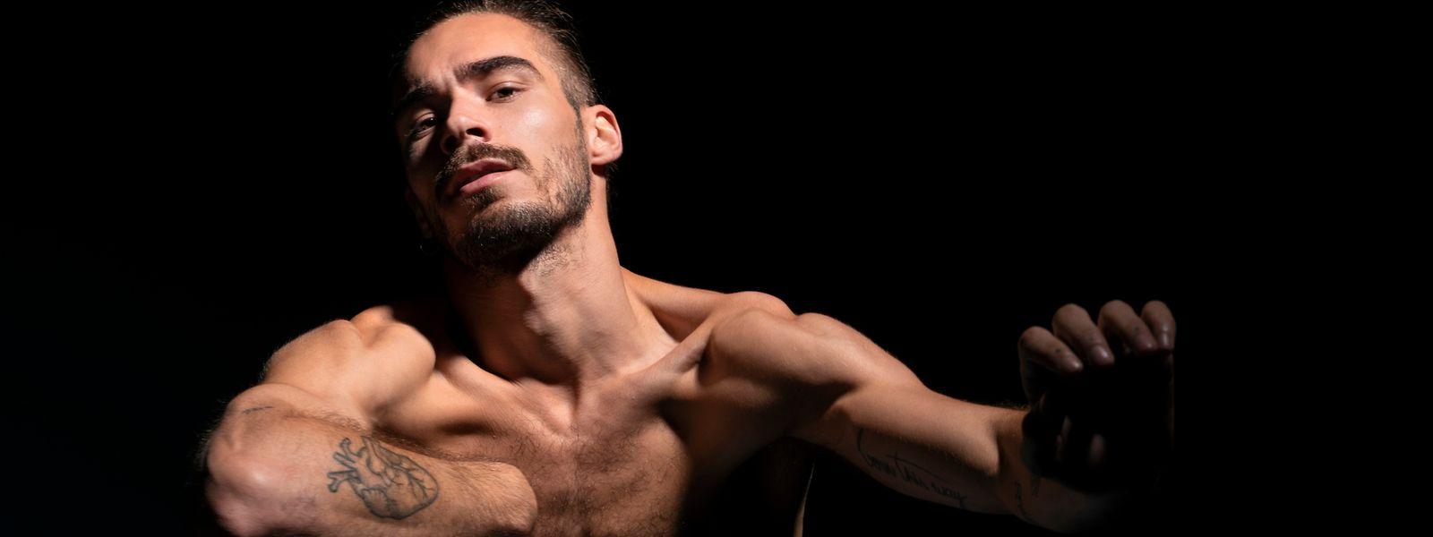William Cardoso (ob.) darf sich beweisen: Der 26-Jährige kann erstmals eine eigene Choreografie erarbeiten.