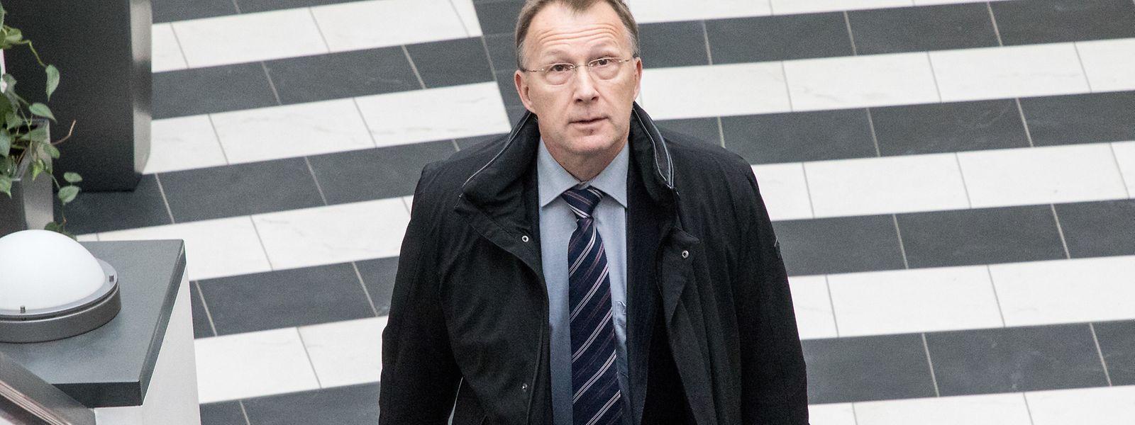 Marco Mille war 2007 Leiter des Geheimdienstes und ist einer von drei Angeklagten im SREL-Prozess.