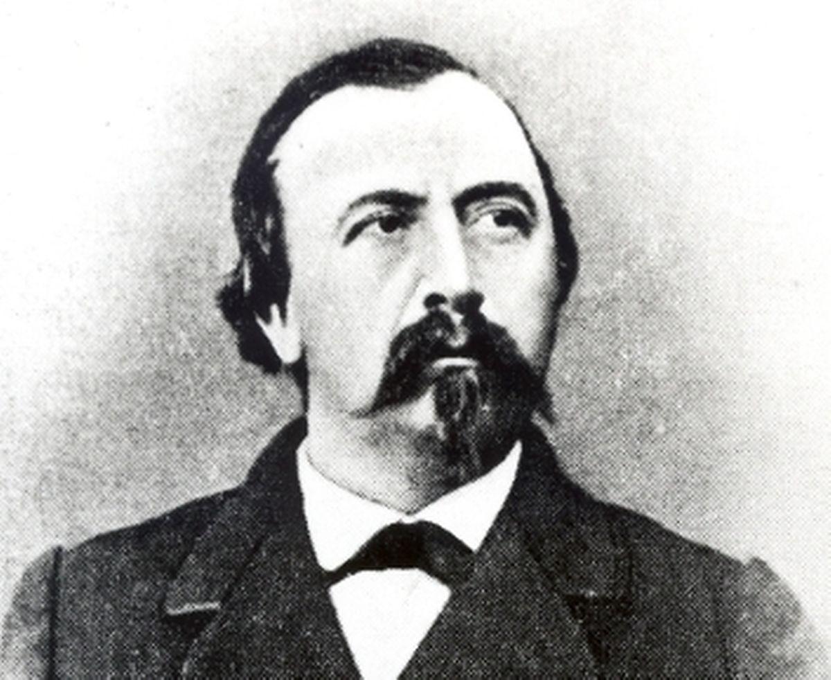 Edmond de la Fontaine (24 julho 1823 – 24 Junho 1891), mais conhecido pela alcunha de Dicks, foi um jurista, poeta luxemburguês, conhecido pelo seu trabalho em prol do desenvolvimento da língua luxemburguesa.