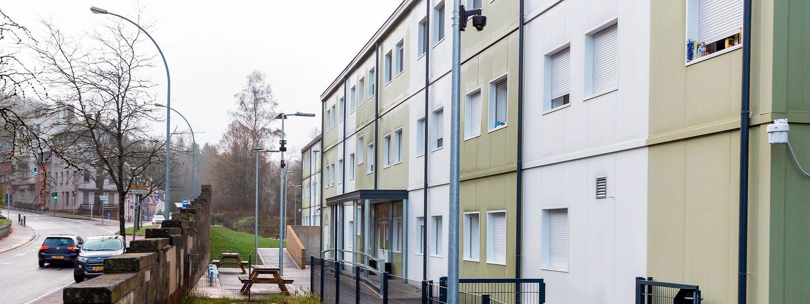 Das Flüchtlingsheim im Stadtteil Neudorf in Esch beherbergt seit der Eröffnung im August 140 Flüchtlinge.