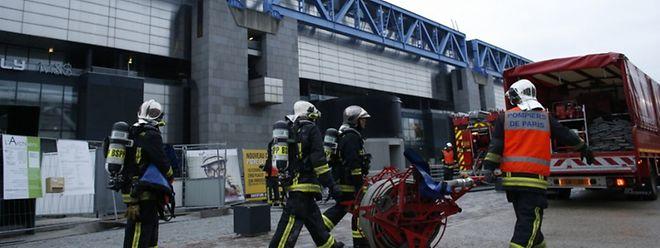 Les pompiers, alertés à 2h30 du matin, ont déployé 120 hommes et une trentaine d'engins.