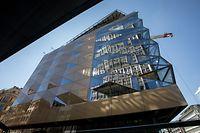 Selon les dernières annonces de Codic, promoteur du projet, le Royal-Hamilius doit ouvrir ses portes en partie en novembre 2019.