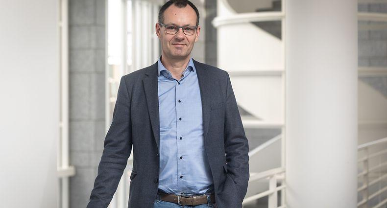 IPO,Itv Prof. Jörg Gerkrath: Verfassunsgfragen zu Schul- und Altenheimmassnahmen,UNI.LU.Foto: Gerry Huberty/Luxemburger Wort