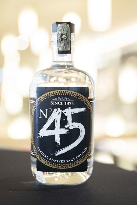 Pour son anniversaire, Belle Étoile s'est offert une cuvée de gin en série limitée. 450 bouteilles seulement à remporter à l'occasion des prochaines animations.