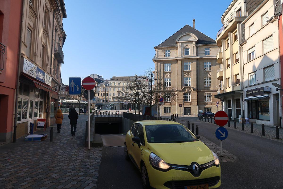 Die Stadt Esch zählt etwa 1.300 Stellplätze in vier Parkhäuser.