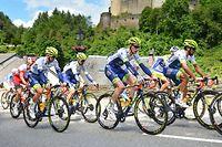 Die Fahrer in Vianden - 3. Etappe - Mondorf/Diekirch - Skoda Tour de Luxembourg 2019 - Foto: Serge Waldbillig