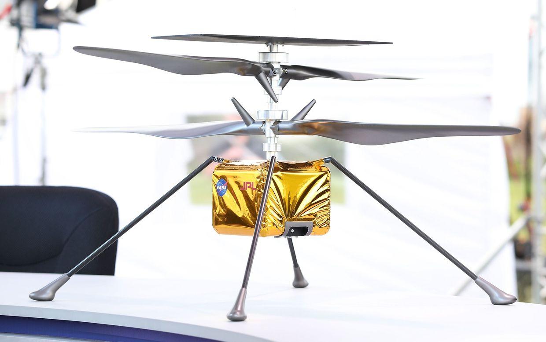 Der Rover hat sogar eine kleine Hubschrauber-Drone an Bord.