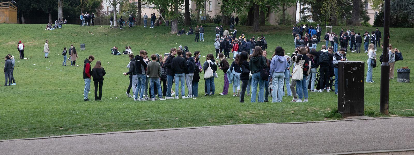 Jugendliche am Freitag auf der Kinnekswiss.