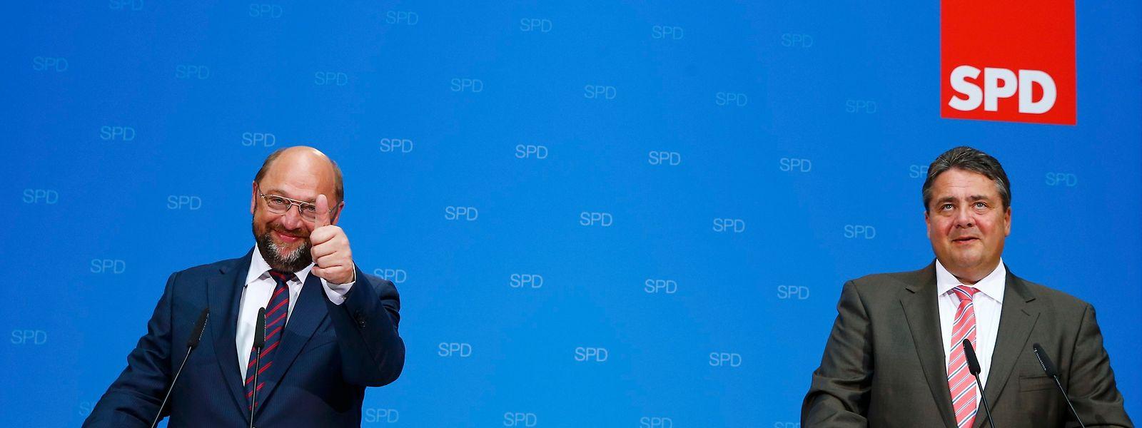 Jetzt also doch? Martin Schulz (l.) soll nach dem Willen von SPD-Chef Gabriel der Kanzlerkandidat der Sozialdemokraten werden.