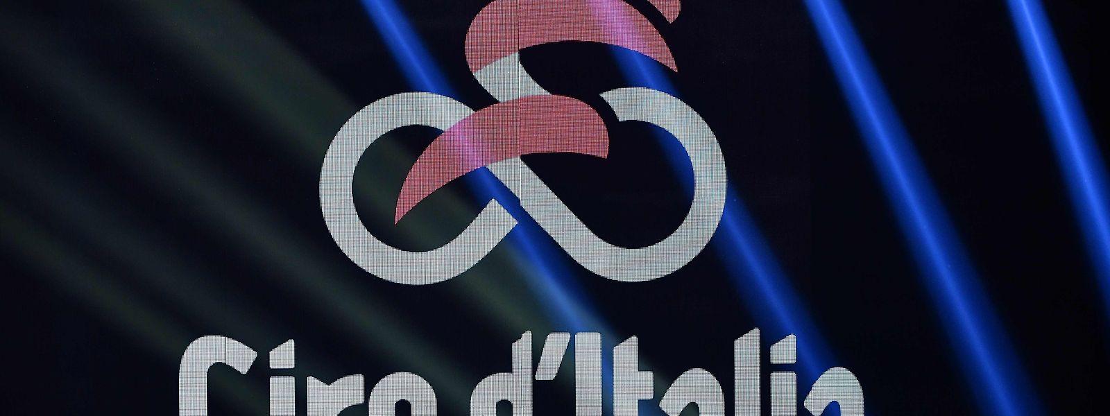 Voici le logo officiel du 103e Giro, qui s'élancera de Budapest le 9 mai pour se clôturer à Milan le 31 mai 2020