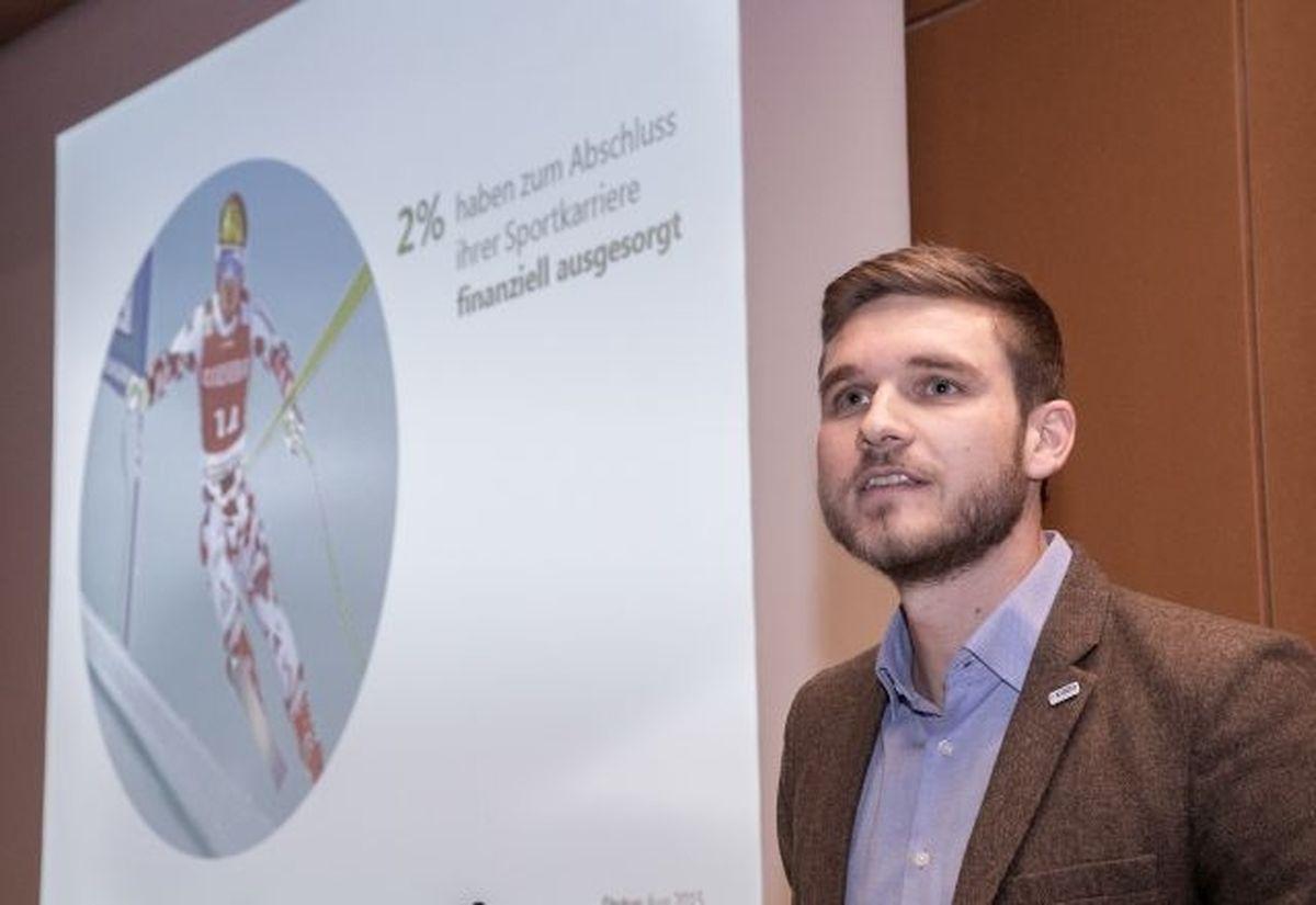 Wolfgang Stockinger ist Direktor für die Entwicklung von dualen Karrieren in Österreich. Er informierte über die Thematik in Luxemburg.