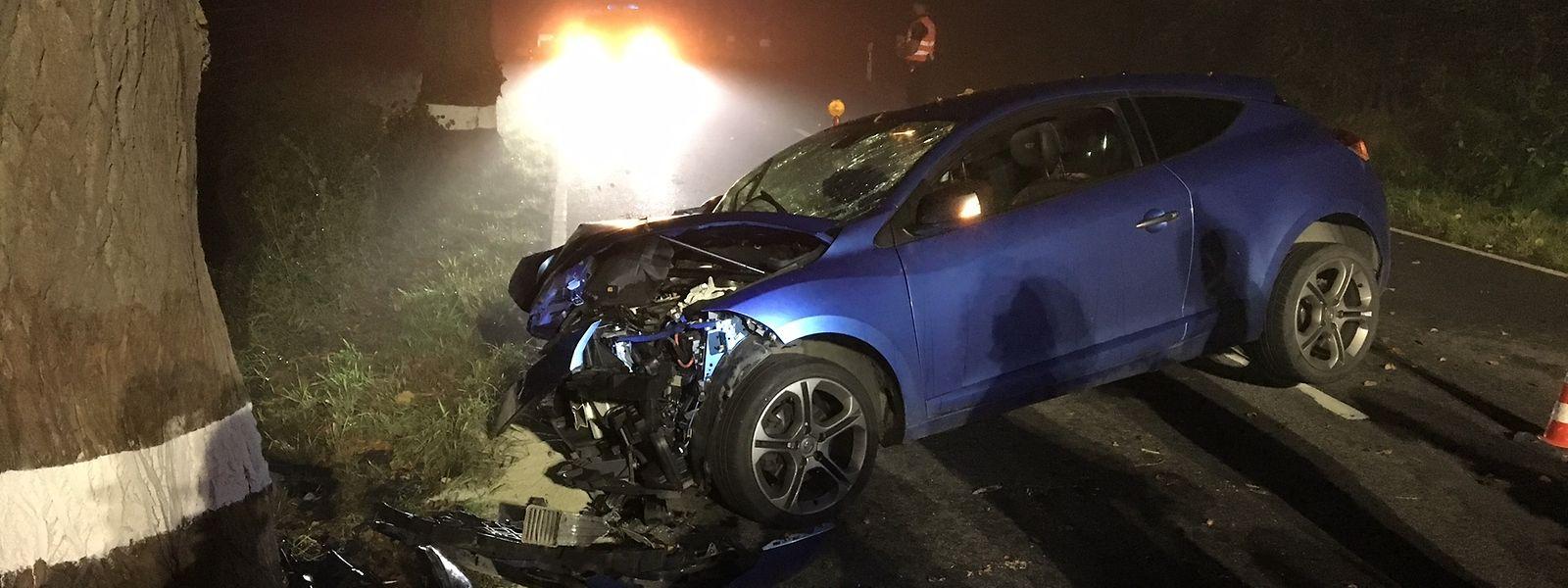 Glück im Unglück: Der Fahrer wurde nur leicht verletzt.