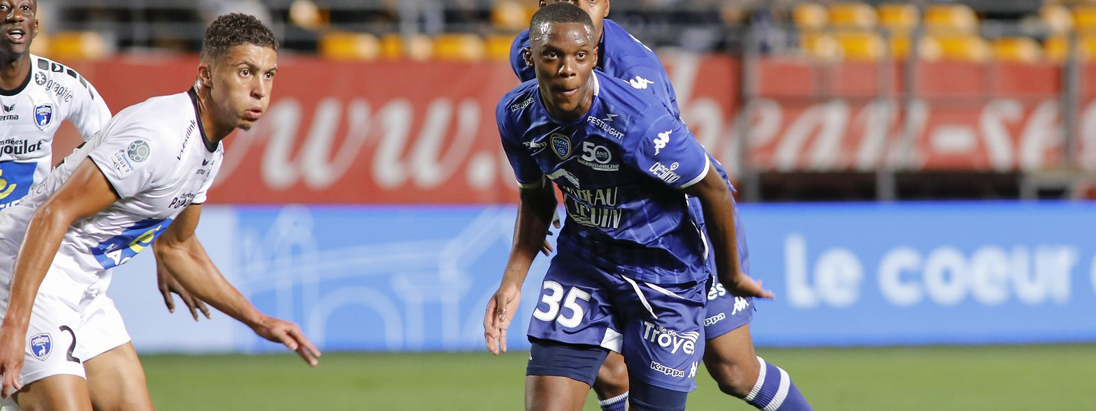 Christopher Martins et l'ESTAC ont joué au petit trot contre Ajaccio avant d'aborder le virage capital des barrages