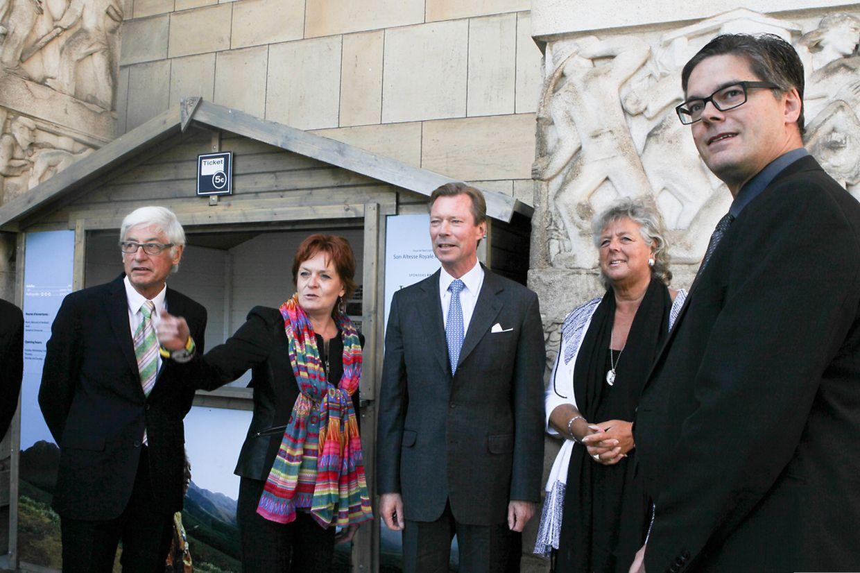 Großherzog Henri besucht Nelson-Mandela-Ausstellung