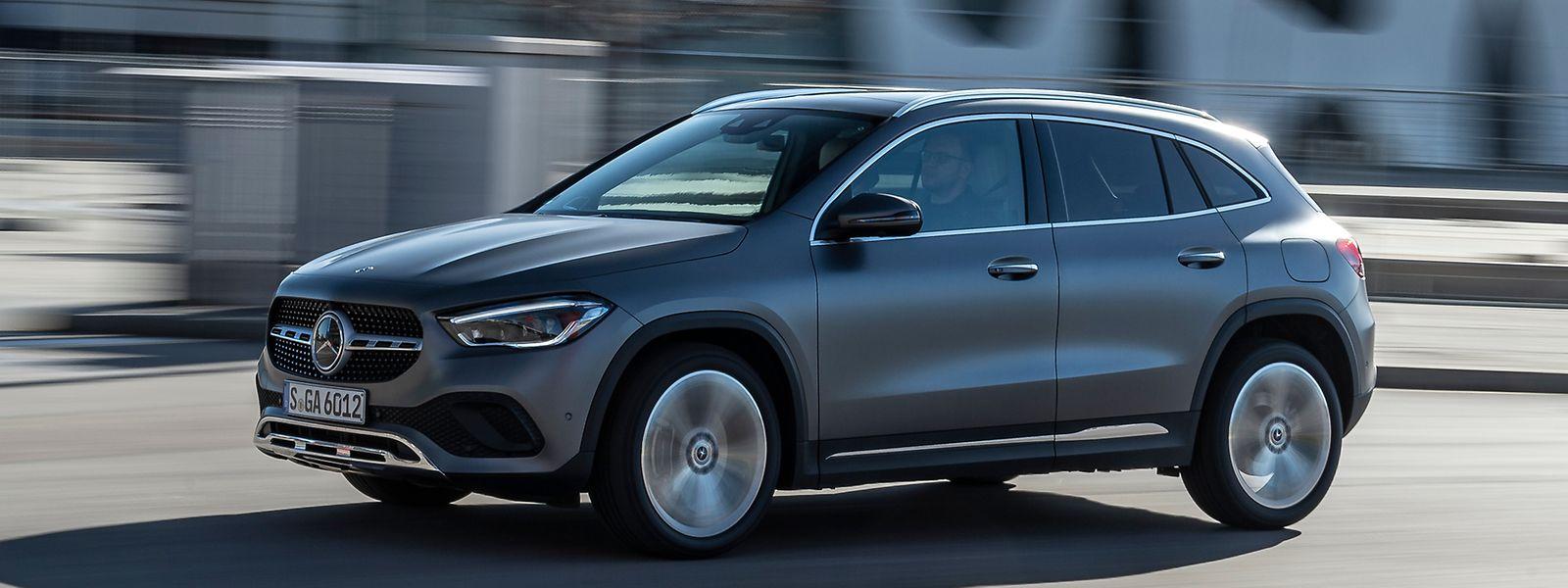 In der Kompaktklassefamilie positioniert Mercedes-Benz den neuen GLA als sportlichen Bruder des GLB und Lifestyle-orientierten SUV.