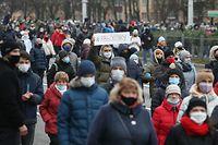 Am Sonntag gingen zahlreiche Menschen in Minsk auf die Straße, um gegen Machthaber Alexander Lukaschenko zu demonstrieren.